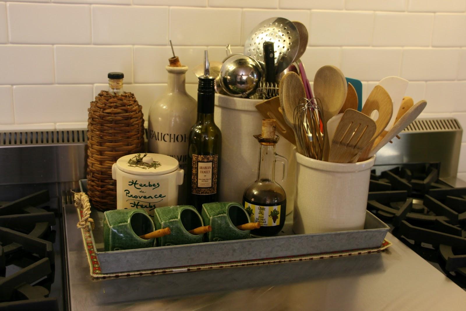 vignette design getting organized in the kitchen. Black Bedroom Furniture Sets. Home Design Ideas