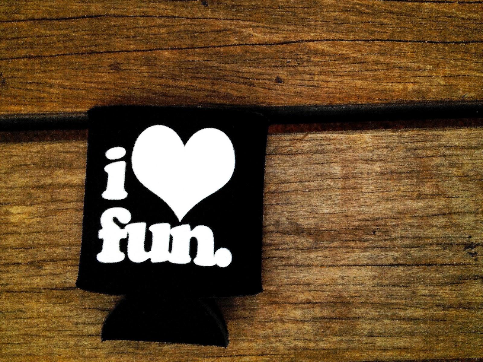 http://4.bp.blogspot.com/-Tx6FB1fsFF4/T_EPNVbmxiI/AAAAAAAABO0/cTgzzmYJqEw/s1600/i-love-fun%20copy.jpg