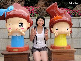 Yeliu - Cartoon Queen & Princess Head (野柳-卡通女皇头和公主头)
