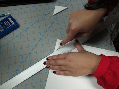 Cutting of foamboard on edges