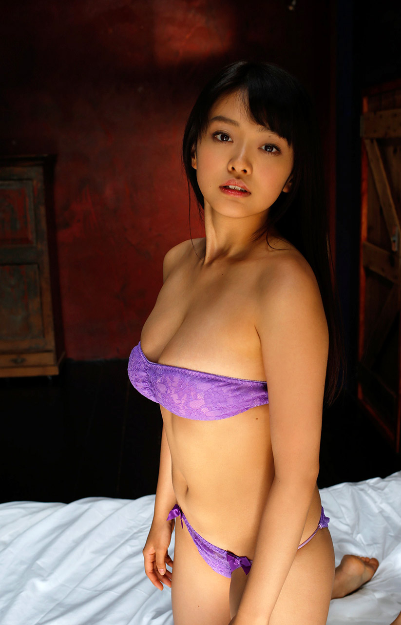 mari yamachi hot purple bikini photos 02