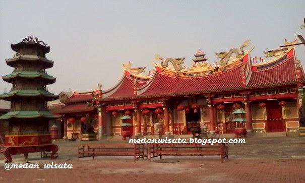 Vihara Gunung Timur Medan