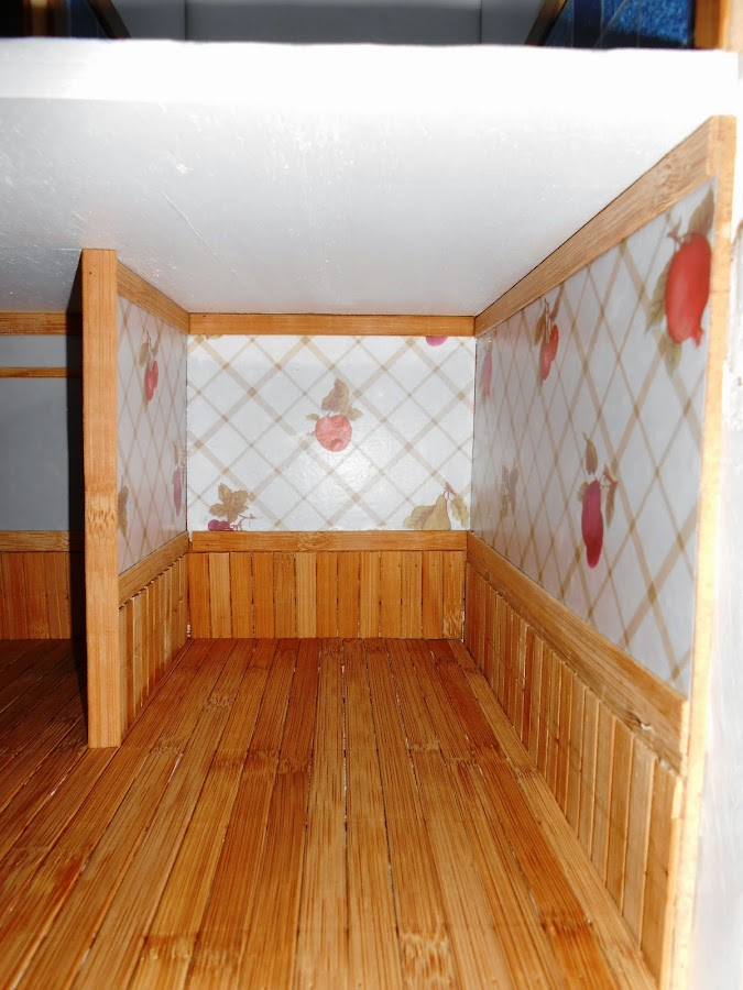 mesilla casa de muñecas