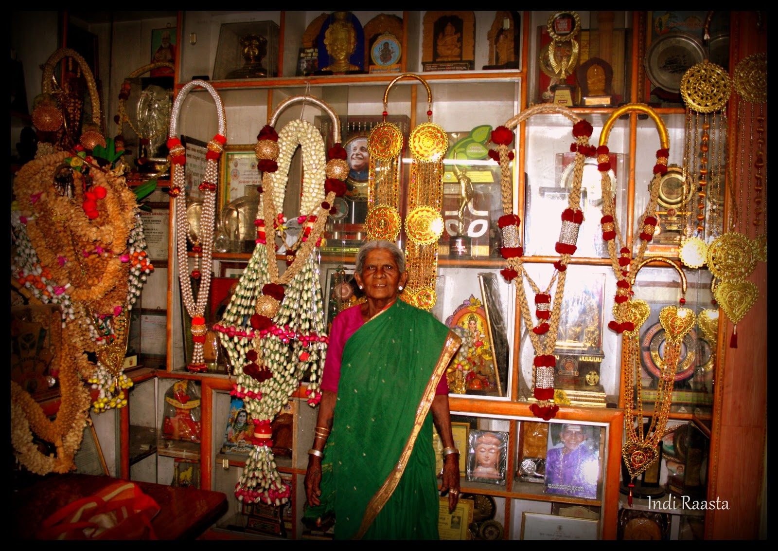 indi raasta  salumarada thimmakka  at the age of 101  she