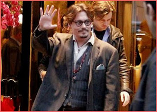 Johnny Depp avoids paying French taxes