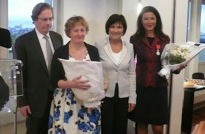 Remise de la Légion d'honneur à Danièle Langlois et Nadia Chabane