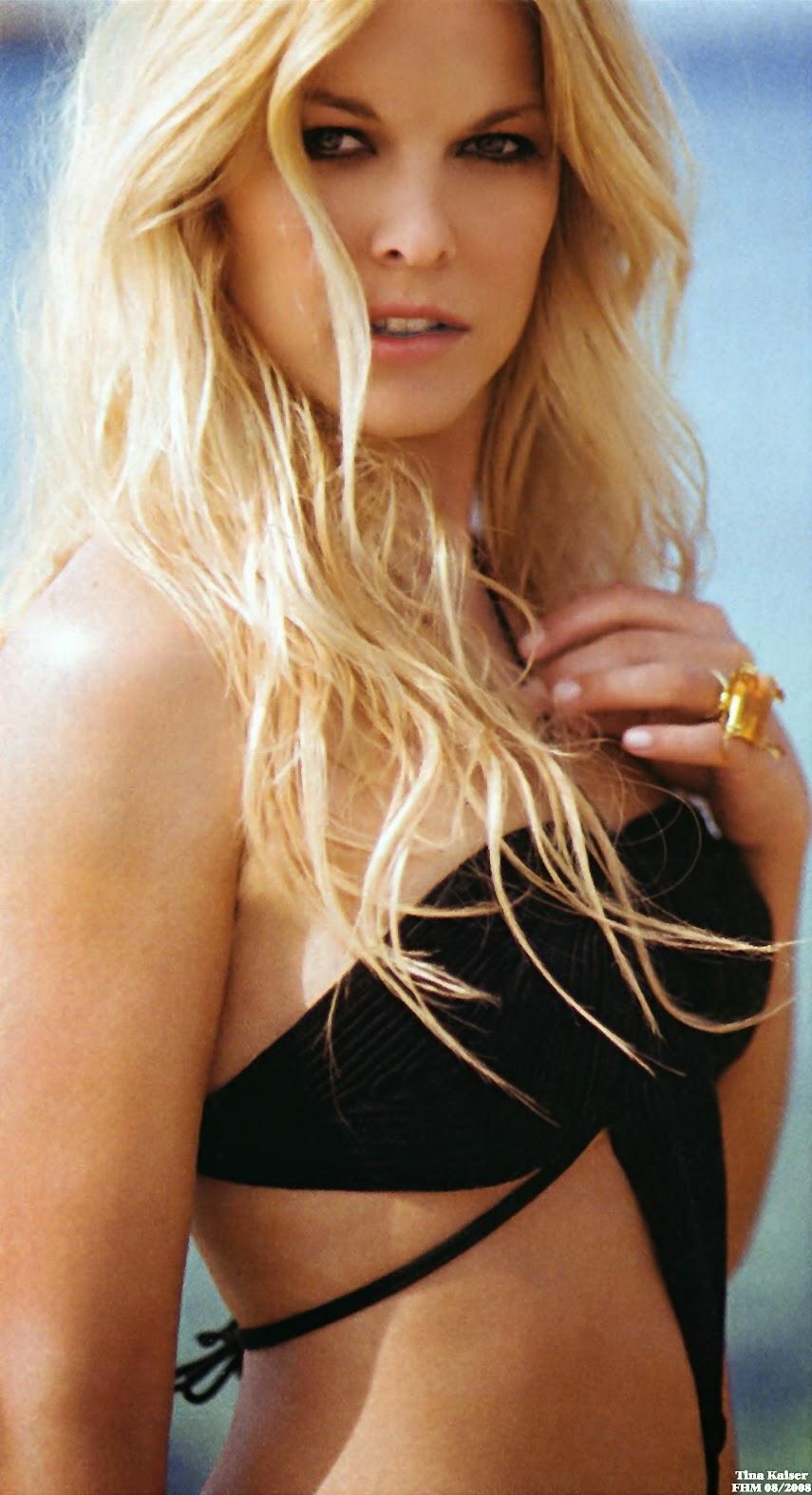 Nackt Bilder : Tina Kaiser Nude FHM Magazine   nackter arsch.com