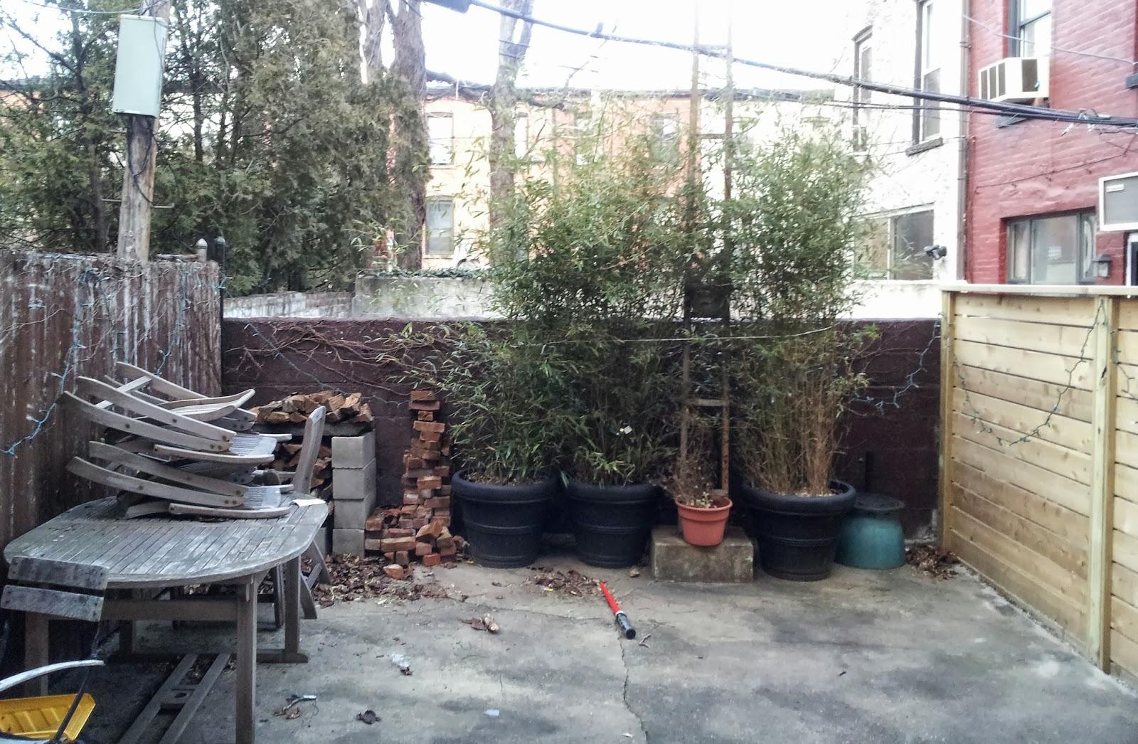 Design: Brooklyn Backyard Becomes a Modern Outdoor Living Room title=