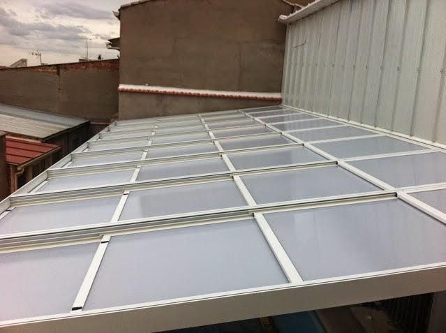 Fabricamos el techo movil que necesite para su terraza o for Techo piscina cubierta