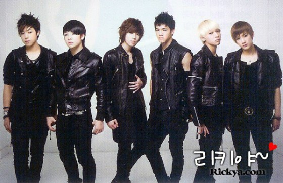 Teen-Top-to-Comeback-in-January-2011.jpg