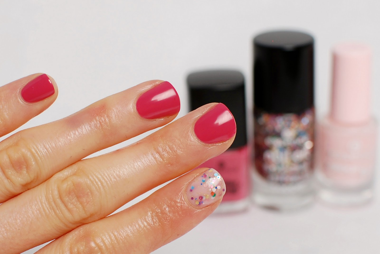 Essence Let me in pink, Circus confetti, Sweet as candy