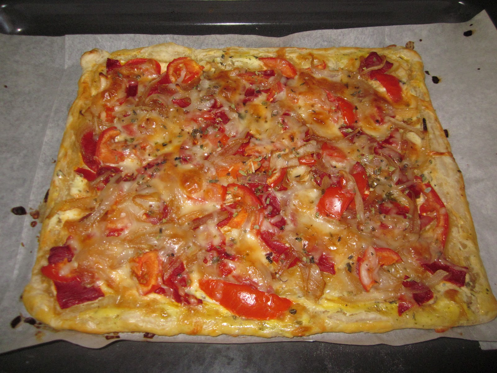 Aly 39 s cakes tarta de pimientos tomates y cebolla caramelizada for Plantar pimientos y tomates