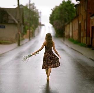 A vida Apesar das curvas E das desditas É um caminho Que não tem volta Só ida...