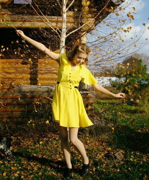 Sunny Vintage Dress #1980s #1940s #vintage #style