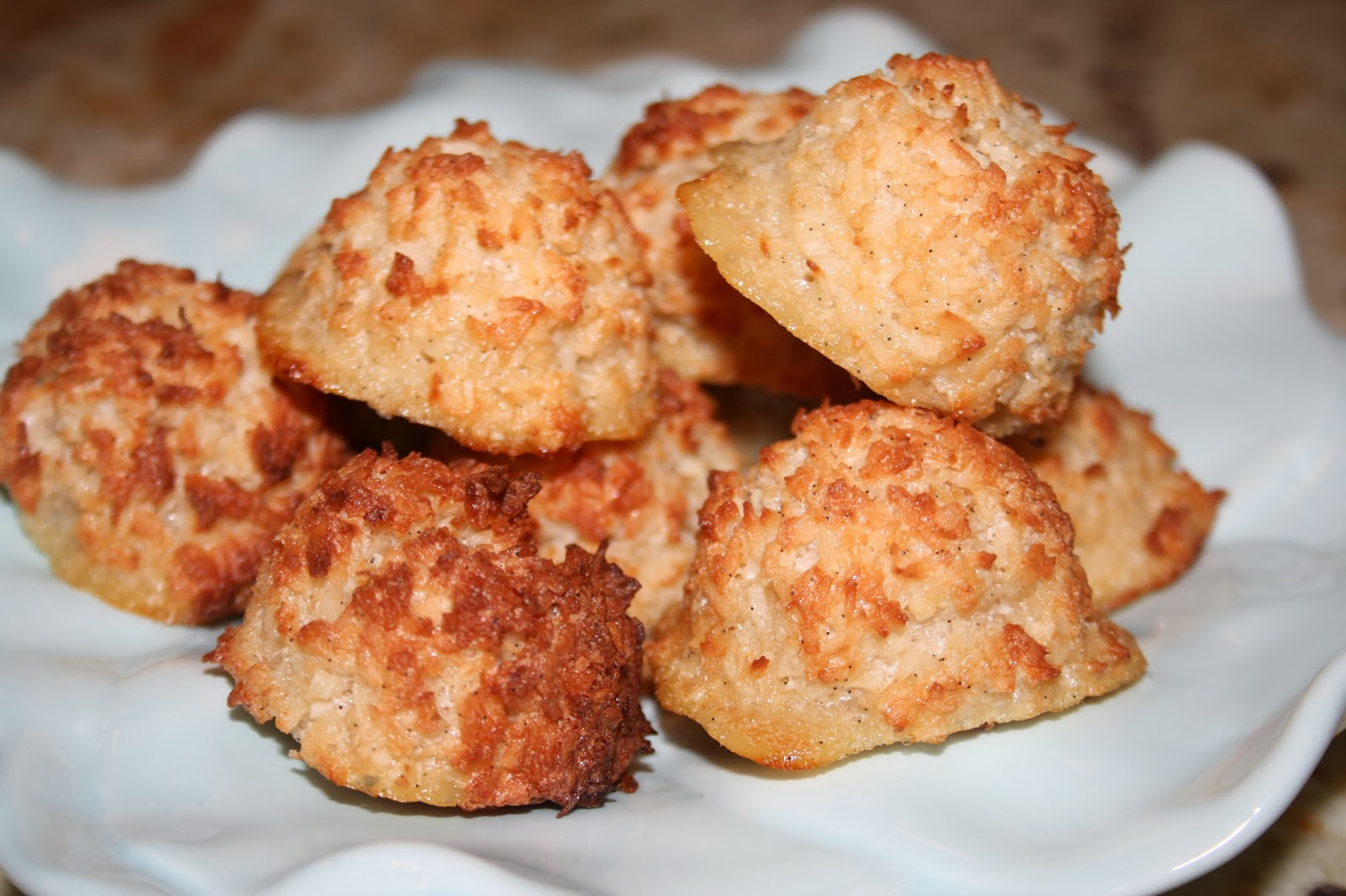 ... | Paleo Recipes, meal plans, and shopping lists: Coconut Macaroons