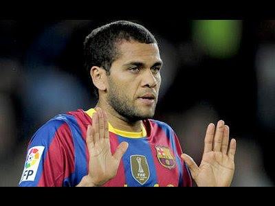 Dani Alves, el jugador que más 'pega' en España