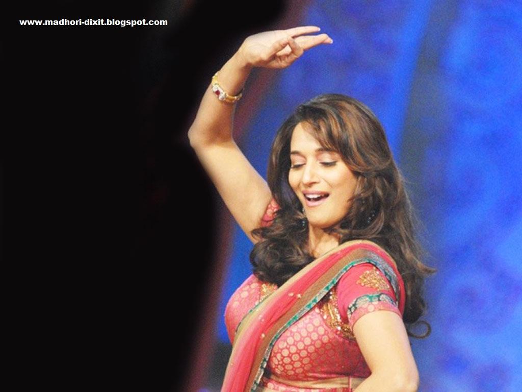 http://4.bp.blogspot.com/-TzaHAI2HFW4/UFnxnjqM8yI/AAAAAAAASFY/o2WBlsoq-8k/s1600/Gorgeous+Madhuri+Dixit+Dance+Pics+0.jpg