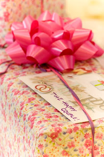 10 Tips for Wedding Gifts (Buying and Receiving) | Faith Permeating Life