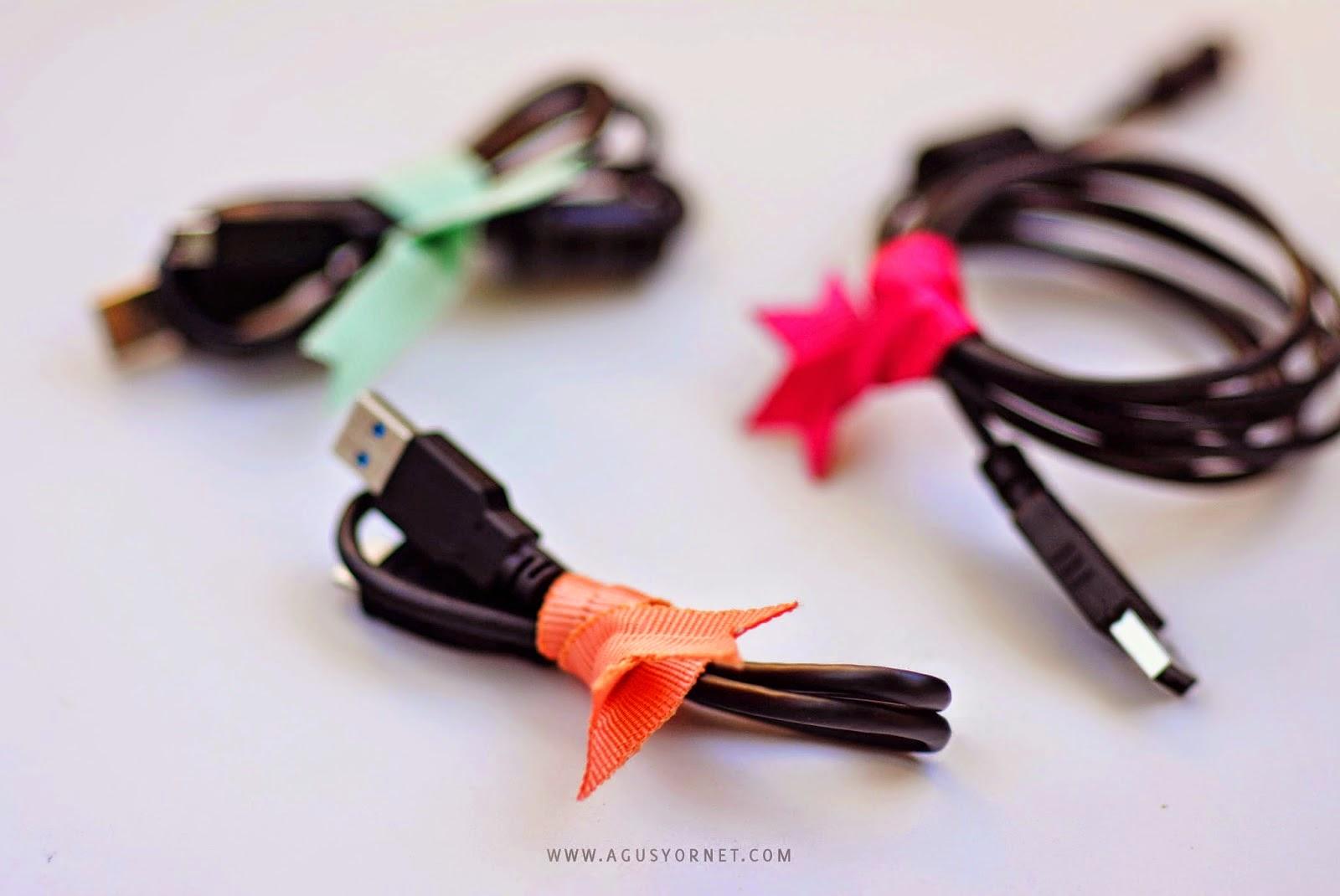 Sujeta cables con lazos en Recicla Inventa