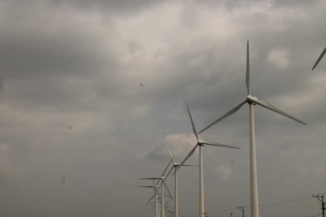 Seguwantivu and Vidatamunai  has  25 wind turbines