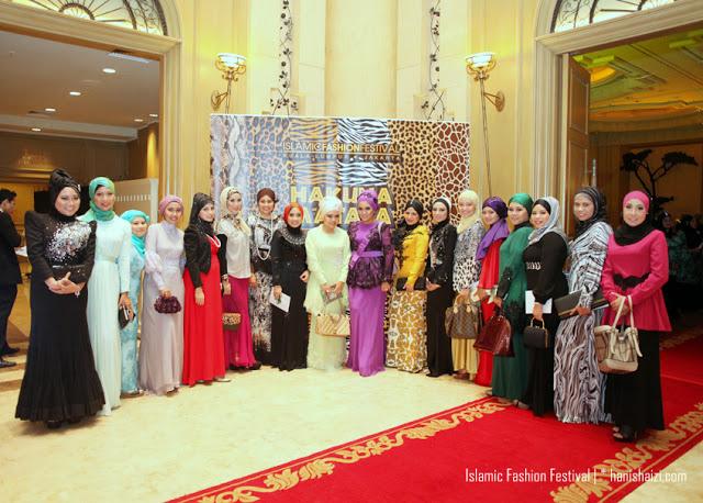 http://4.bp.blogspot.com/-U-e5KSUtRiM/UKu9GJ4ITKI/AAAAAAAAK1w/ZqCsTpVifI0/s1600/islamic-fashion-festival-hanis-haizi-002.jpg