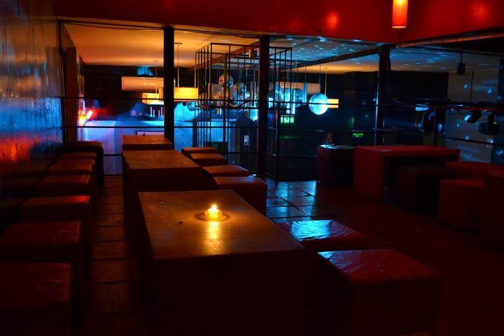 Troiano club troiano club palermo for Sillones para bar