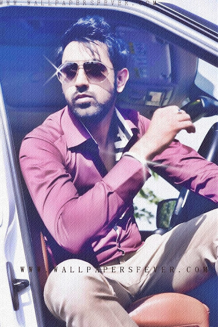 Gippy grewal in pink shirt with goggles