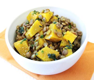 Salada de lentilha e abóbora com curry