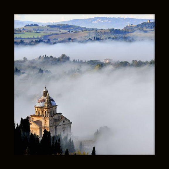 53045 Montepulciano Province of Siena, Italy by Karl Demetz, as seen on linenandlavender.net
