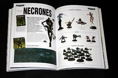 Páginas interiores del Catálogo 2007 de Games Workshop