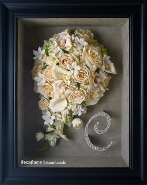 frame your wedding flowers freezeframe floral preservation company. Black Bedroom Furniture Sets. Home Design Ideas