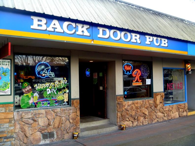 #487 - The Back Door Pub Seattle (Lake City) - 4/18/2006 & Seattlebars.org: #487 - The Back Door Pub Seattle (Lake City) - 4 ...