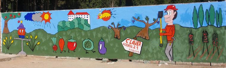 Últims detalls al mural.