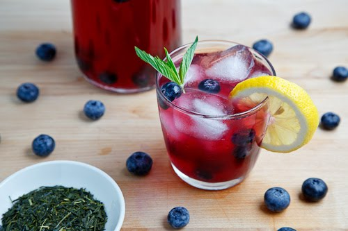 Blueberry Iced Green Tea on Closet Cooking