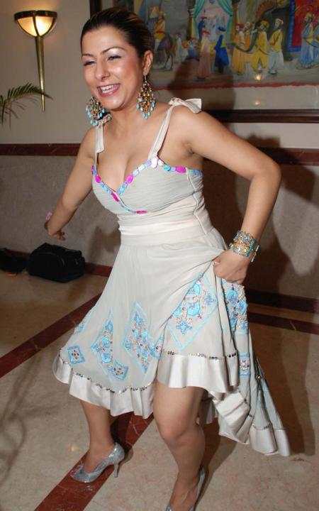 hot Hard kaur