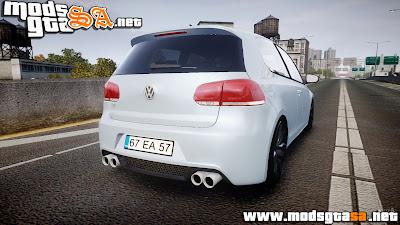 IV - Volkswagen Golf R