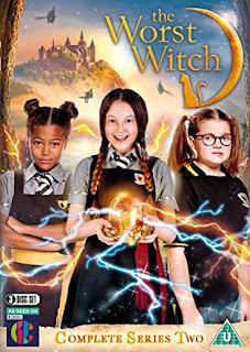 O Vrăjitoare Îngrozitoare Sezonul 2 Episodul 1