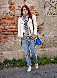 http://ridingmylovelybike.blogspot.ro/2013/10/autumn-sun.html