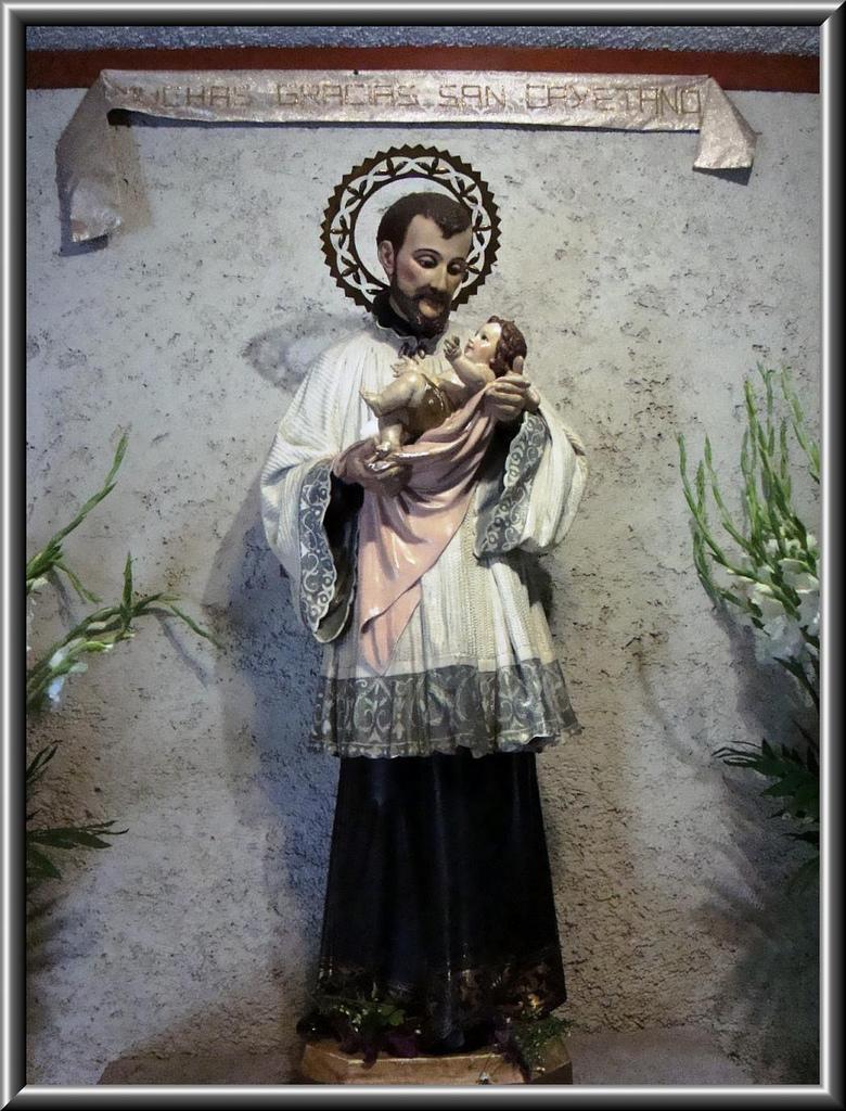 St cajetan 39 s corner oracion a san cayetano para los - Hierros san cayetano ...