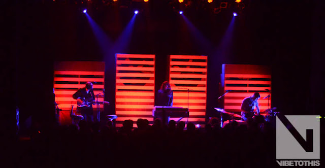 DSC 5360 Photos: Beach House Live @ Variety Playhouse (VTT Feature)