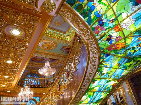 Особняк Брынцалова фото потолка