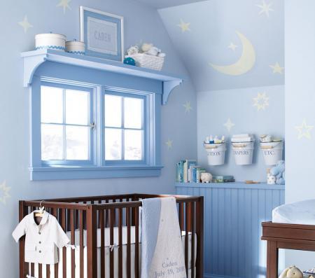 Dormitorio de beb marr n y celeste dormitorios con estilo for Como decorar un dormitorio de bebe