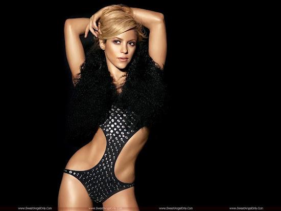 colombian_singer_shakira_2010_1280x960