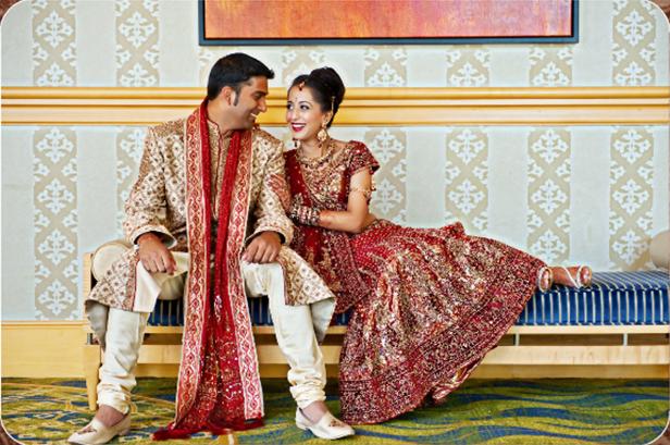 Asian Wedding Blog Couple Poses