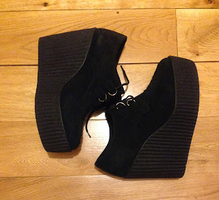 Underground Creepers Wedge