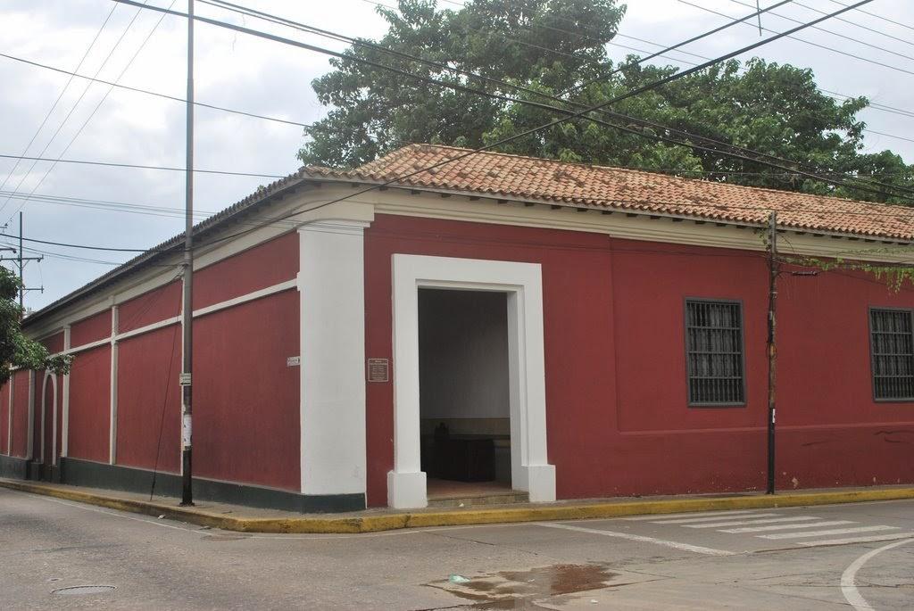 Casa de La Estrella...Donde nació Venezuela en 1830. Calle Colombia. Valencia (Edo. Carabobo)