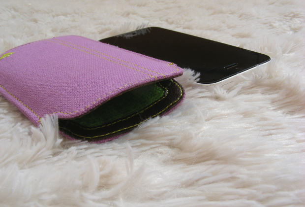 NueVue... A Phone Case that Cleans?
