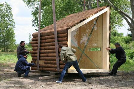 Construalia refugio de madera de olgga architectes paris - Refugios de madera prefabricados ...