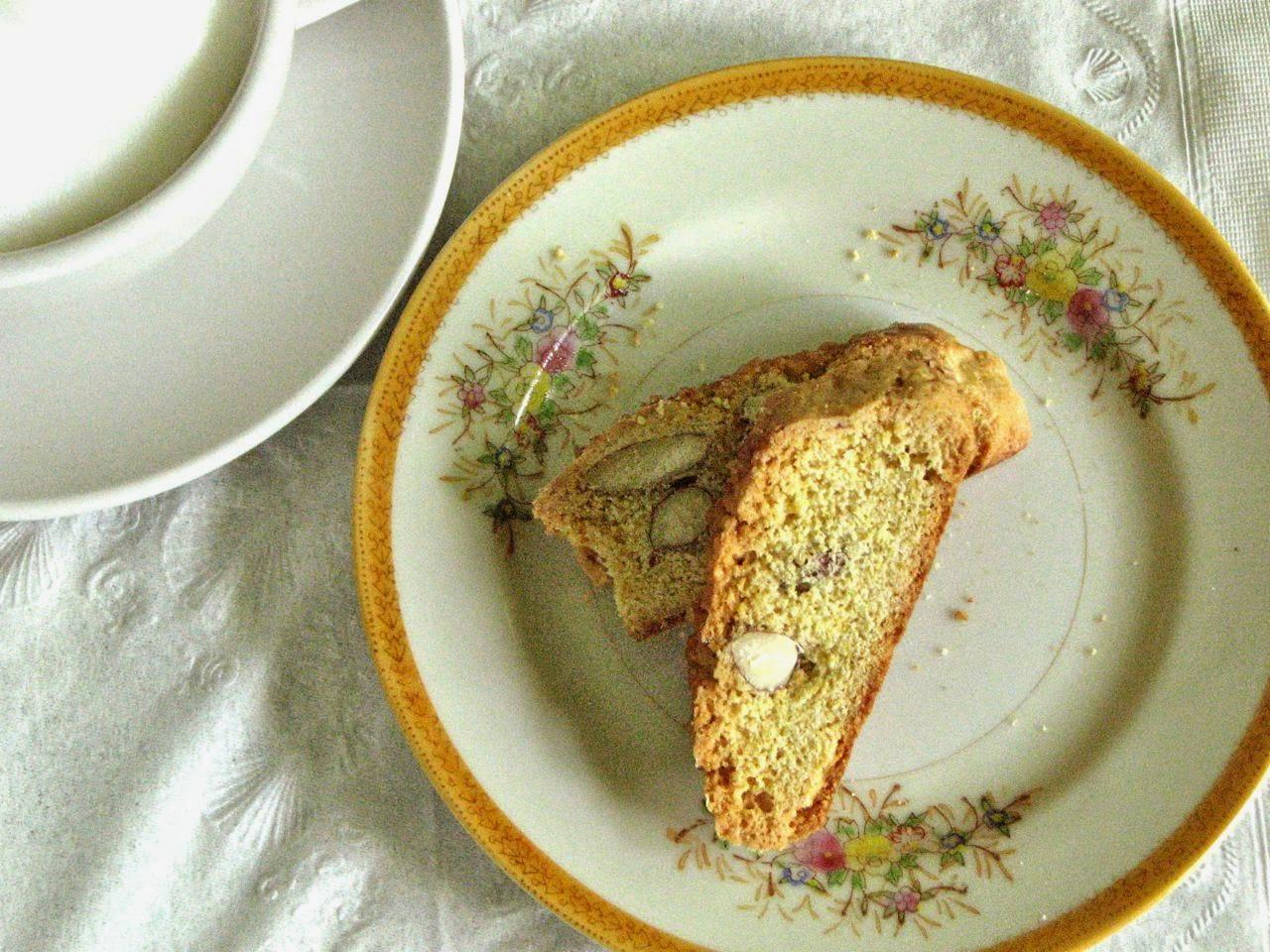 Delectably Mine: Almond Cornmeal Biscotti
