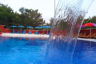güral-harlek-kütahya-açık-yüzme-havuzlu-otel
